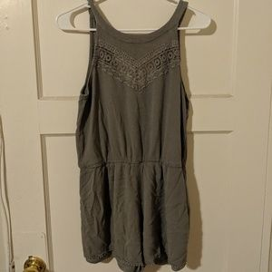 Almost Famous Size XL Olive/Army Green Romper